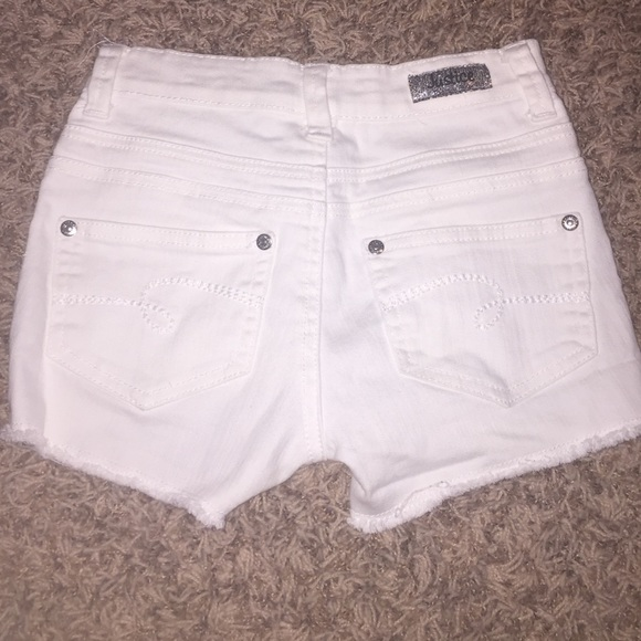 Justice - Justice white high waisted jean shorts! from Aliyah's ...