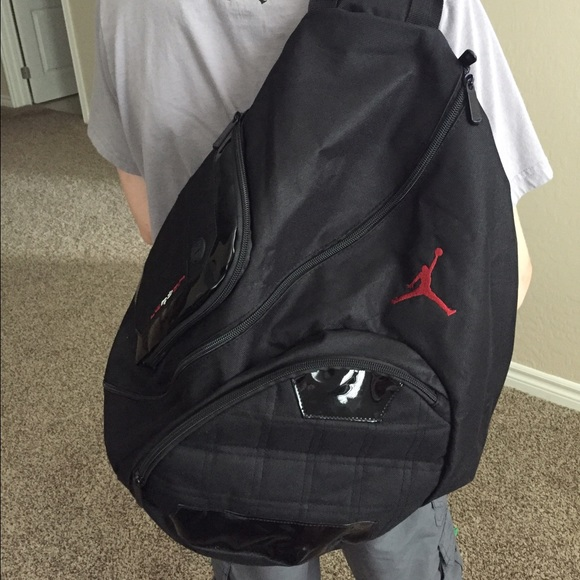 435013a1839b72 Like New Nike Jordan Jumpman Sling Backpack