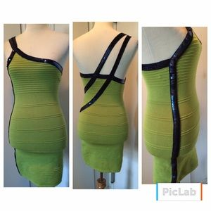 WOW couture Dresses & Skirts - NWOT bandage dress