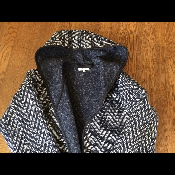 Madewell - Madewell navy herringbone car coat. Xs/Sm from Sarah&39s