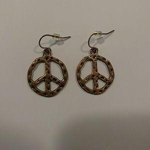 Mudd peace sign earrings