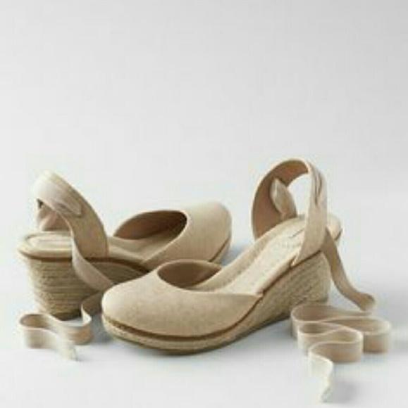 af0c790548b Lands  End Shoes - 🚨🚨SALE🚨🚨BRAND NEW LANDS END CARA WEDGES