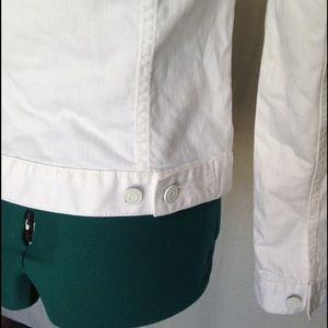 c30bbd47143 Tommy Hilfiger Jackets   Coats - 🆕 Tommy Hilfiger white denim jacket  women s xs