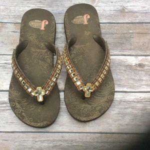 81f6219b4e3212 Justin Boots Shoes - JUSTIN CROSS FLIP FLOPS