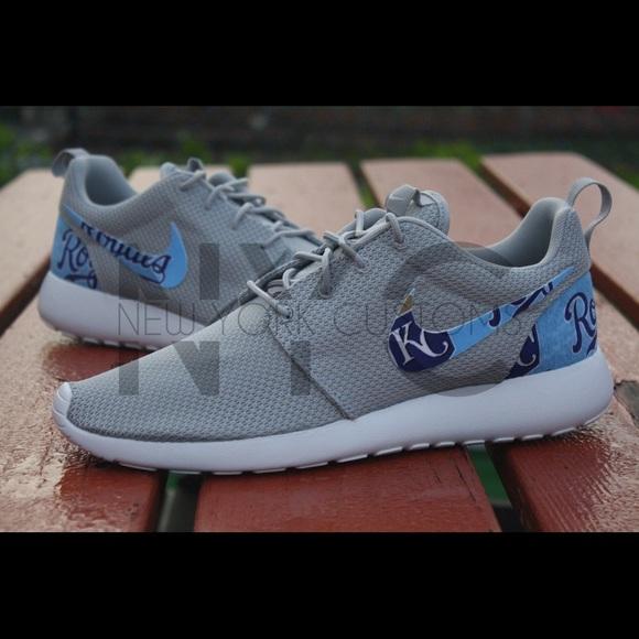 online store a25c7 ce74c Kansas City Royals Nike Roshe One Custom