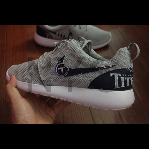 f8c802e9 Tennessee Titans Nike Roshe One Custom