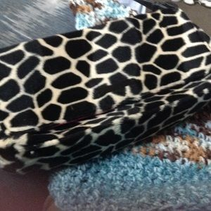 Old Navy fur leopard bag