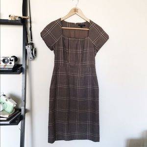 Banana Republic Dresses & Skirts - Plaid Brown Dress