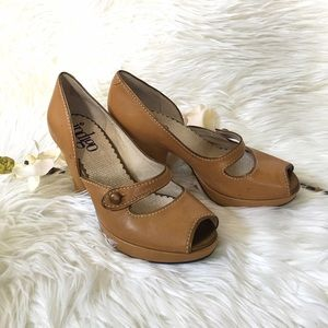 Shoes - Vintage Look Camel Mary Janes