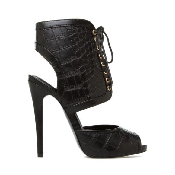 Shoedazzle Jaida Black Lace Up Croc