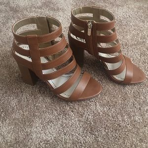 Sam Edelman brown heels 8.5