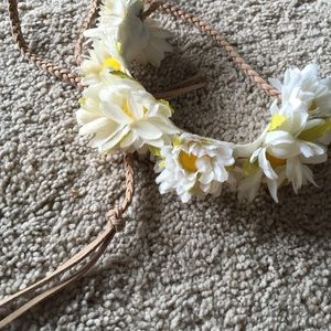 Forever 21 Accessories - Flower crown