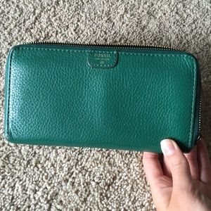 Fossil Handbags - Fossil green leather wallet