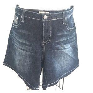 Earl Jeans Pants - Shorts- Denim and rhinestones