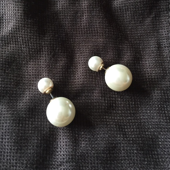 Bauble Bar Jewelry - Double sided pearl studs