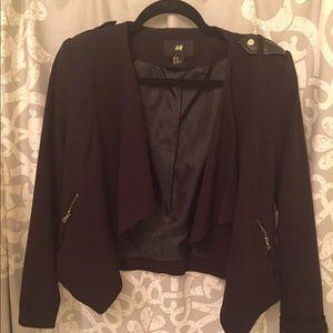 ❗️H&M Chic black Blazer w/ leather shoulder &lapel