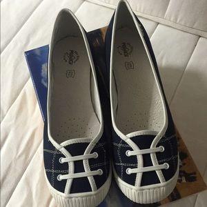 Primigi Shoes - Black flat shoes by Primigi