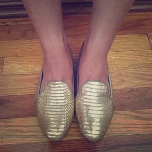B BY BRIAN ATWOOD LEATHER SNAKESKIN FLAT/ GOLD/ 7