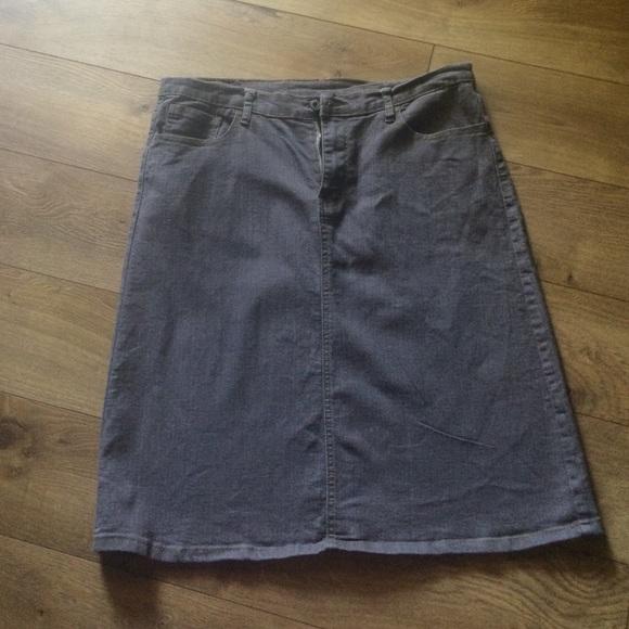 50 dresses skirts gray denim skirt from simply
