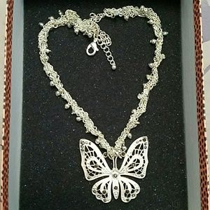 Accessories - Butterfly necklace