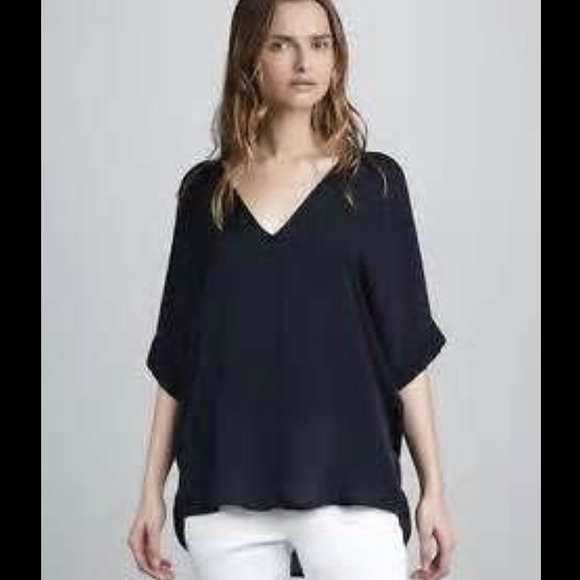 64d847be8dd5ce Vince Double V Silk Blouse. Navy. Small.
