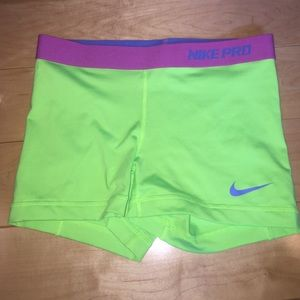 Green Nike pros size small
