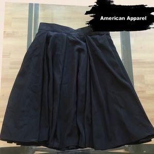 American Apparel Black Swing Skirt Sz XS