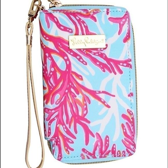 NWT Lilly Pulitzer Tiki Palm IPhone 6/6s Wristlet