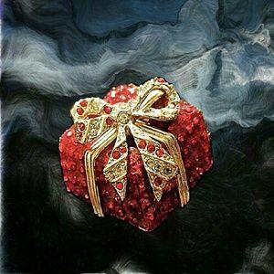 Bloomingdale's Jewelry - Vintage Bloomingdales Christmas Brooch