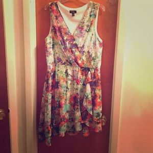 Like New Thalia Sodi Asymmetrical Floral Dress