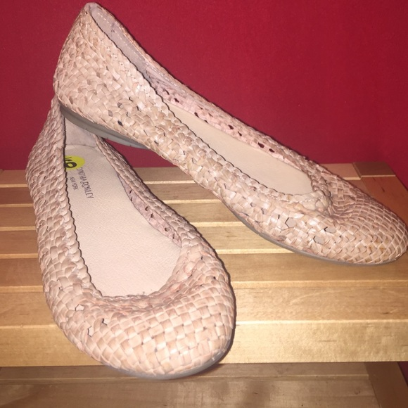 72 Off Cynthia Rowley Shoes New Basket Weave Ballet