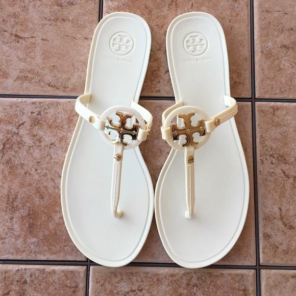 21e3d83c9073 Tory Burch Mini Miller jelly sandals. M 57a7a9bd41b4e0808b00e355