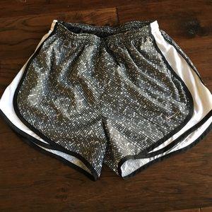 Dry Tempo Nike Running Shorts