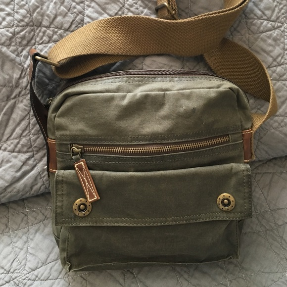68 Off Fossil Handbags Fossil Waxed Canvas Leather Crossbody From Julia S Closet On Poshmark