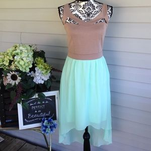 Miss Chievous Dresses & Skirts - BNWT Miss Chievous Tan/Teal Strappy High/Low Dress