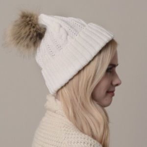 Boutique Accessories - Ivory Pom Beanie