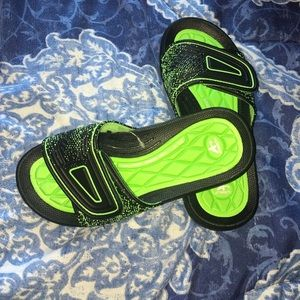 Sears Other - Boy sandals