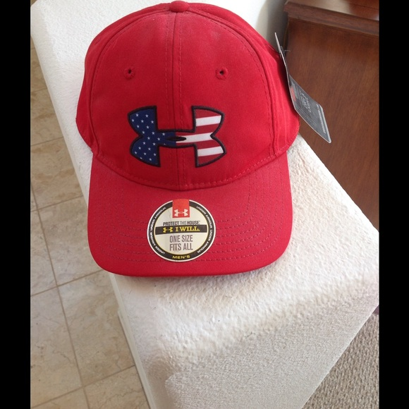 4690f8bd267 NWT Under Armour USA Red Adjustable Baseball Cap
