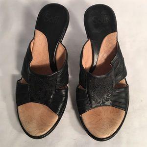 Sofft Brand black leather sandals