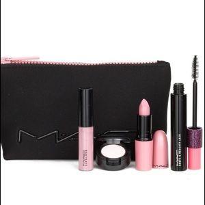MAC Cosmetics Other - MAC Look in a Box - Fun & Flirty