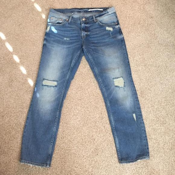 75% off Zara Denim - Zara Boyfriend Jeans Size 6 from Rozbennah's ...