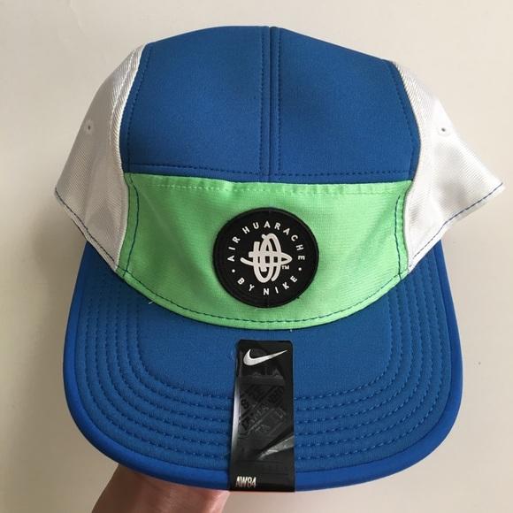 b6c1d9fab04c0 Nike Accessories