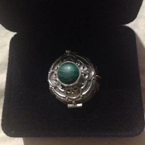 Silver malachite ring!