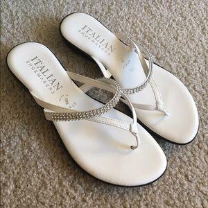Shoes - Pretty sandals 💕