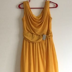 Dresses & Skirts - New yellow party dress