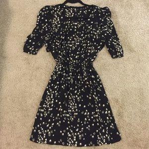 Asos Dresses & Skirts - Black and white dove print dress, half sleeve