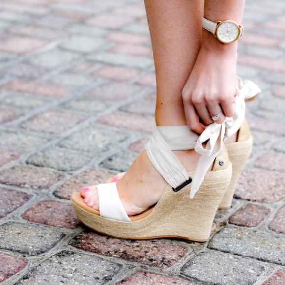 ugg jules wedge