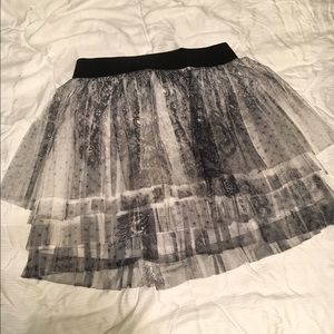 Black ask White Lace skirt