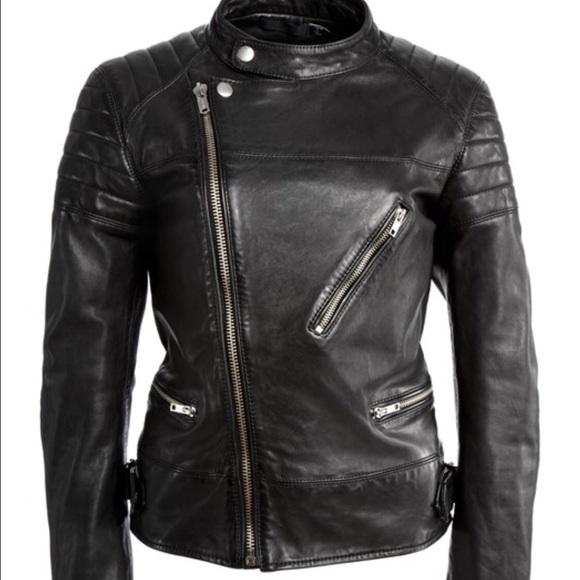 Womens black blazer size 22