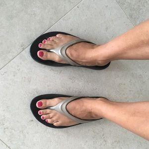 91b8b5dccc24 Oofos Shoes - OOFOS Flip flops